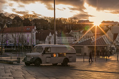 Sunset in Stavanger Center (Hattifnattar) Tags: norway stavanger sunset pentax fa43mm limited center city flare sunburst