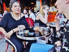 2018-04-19  Paris - Indiana Café - 35 rue du Pont Neuf (P.K. - Paris) Tags: paris avril april 2018 people candid street café terrasse terrace smoking