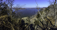 View Over the Sentinels (Tom Gill.) Tags: mississippiriver river mississippi iowa illinois rock panorama mississippipalisades statepark