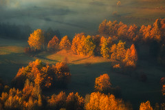 Autumn's Majesty (Bonnie And Clyde Creative Images) Tags: landscape canon mist mountains sunrise