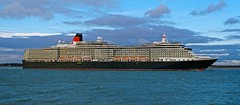 QUEEN VICTORIA (Ugborough Exile) Tags: ships sony a6300 calshot southampton hampshire hants england uk 2018