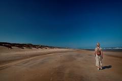 Empty / Leeg (jo.misere) Tags: belgie dehaan strand beach leegte zand sand water duien