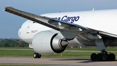 D-ALFE (AnDyMHoLdEn) Tags: lufthansa lufthansagroup lufthansacargo 777 boeing777 staralliance egcc airport manchester manchesterairport 23l