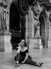 Opéra Garnier (Nathanaël Photo) Tags: 75009 cheveuxlongs france linformelle manon modèle opéragarnier pantalon paris parisbyelles uneseulefemme