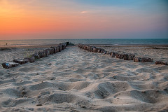 The road to the sea (Peter Zendman Enschede) Tags: 2017 beach breakwaters cadzandbad golfbrekers nature nederland noordzee northsee sea seascape strand sunset thenetherlands zeeland zeeuwsvlaanderen red zonsondergang nl