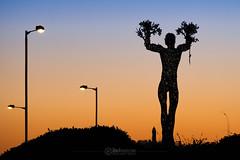 Sunset - 19 Mar 2018 - 44-Edit.jpg (ibriphotos) Tags: sculpture sun andyscott wallacemonument sunset publicart evening goldenhour sky sunsets