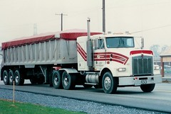 "KW T800: ""AG Tkg #433"" (PAcarhauler) Tags: kw kenworth semi tractor trailer truck"