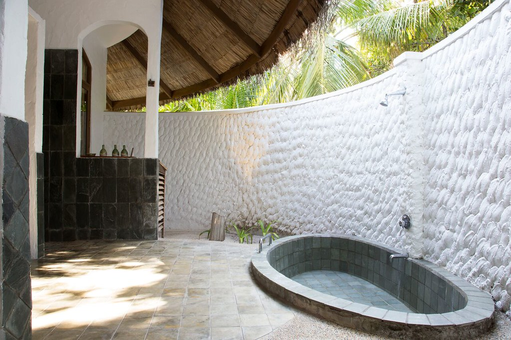 Deluxe Villa - Bathroom