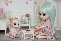 🍪 L'heure du goûter 🍪 (Loony-Doll) Tags: pullip doll dolls groove junplanning jun planning jp prunella pullipprunella custo customisée custom wig luts eyechips eyelashes eyes obitsu poupée tsumtsum ufufy aileendoll aileen rot dragon bjd makeup acryliques