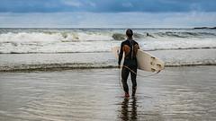 Spagna del Nord-6.jpg (fly.dena) Tags: spain ocean spagna oceano cielo acqua persone mare spiaggia surf surfista sansebastian paisvasco