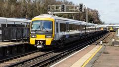 465926 (JOHN BRACE) Tags: 1991 metro cammell built networker class 465 emu 465926 seen orpington station southeastern livery