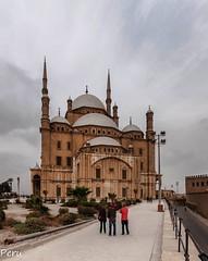 Mezquita de Saladino (Perurena) Tags: mezquita mosquee musulman oración islam lugardeculto arquitectura ciudadela saladino cielo sky nubes clouds elcairo egipto