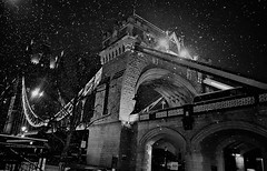 Wnter magic -Well my friends I know I had promissed to post only warm spring images from now on but I discovered this one  in one of my folders and just couldn't help it,sorry!  😐 (luthomas) Tags: towerbridge night city london lights citylights thamesriver londonarchitecture historical places amazing shot blackandwhite blackandwhitephotography snow snowstorm winterphotography stunningshots magical wintermagic travellondon londonplaces turistichotspot whattoseeinlondon monuments londonmonuments nikon d3300