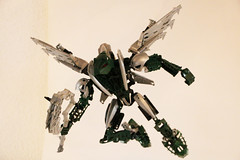 Silver wind (Ron Folkers) Tags: bioncle technic moc lego green silver wings flying weapon