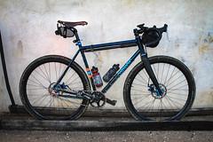 Weaver SSCX, just riding along (Mr. Biggs) Tags: skirtpilots beautyshot bicycle bike bikeride philadelphia sscx weaver