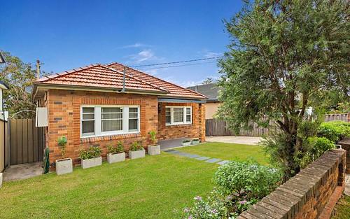 8 Bennett Av, Strathfield South NSW 2136