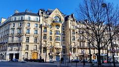 545 Paris en Février 2018 - Avenue Marceau (paspog) Tags: paris france 2018 février februar february avenuemarceau