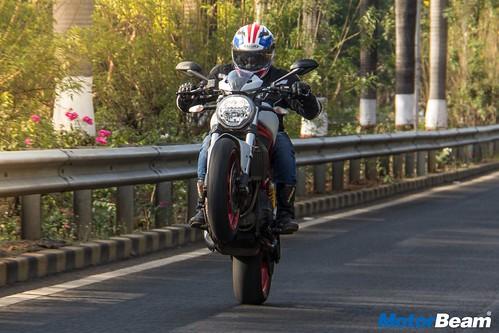 Ducati-Monster-797-05