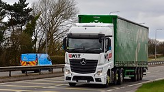 DA64 OSV (Martin's Online Photography) Tags: mercedes actros mp4 truck wagon lorry vehicle freight haulage commercial transport a580 leigh lancashire nikon nikond7200