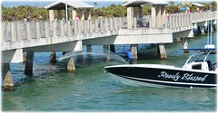 Fort De Soto Gulf Pier - St Petersburg, Florida (lagergrenjan) Tags: fort de soto gulf pier st petersburg florida boat net fishing