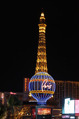 Eiffiel Tower - Las Vegas (davidjamesbindon) Tags: las vegas nevada usa america united states eiffiel tower night lights attraction landmark