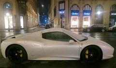 Munich after sunset: a snowwhite Ferrari sprinkled with snow. (F.R.L., disgusted by 30/60) Tags: munich night ferrari street white