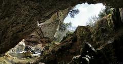 Cueva de sagredo (Burgos) (Luis DLF) Tags: cueva sagredo burgos agua cascada rio canon panoramica 70d merge luz roca españa