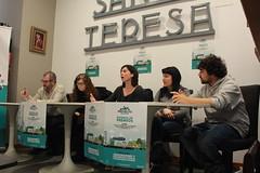 Mesa redonda. Asociaciones y Movimientos Sociales