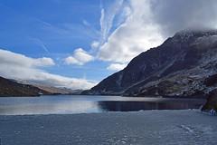 "DSC_2715_edited-1 (cmoncymru) Tags: wales snowdonia ""llynogwen""lake reflections mountains ice winter"