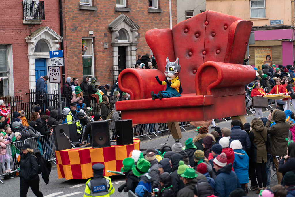 ARTASTIC - TICK TOCK OF THE FAMILY CLOCK [DUBLIN PARADE 17 MARCH 2018]-137703