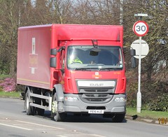 Royal mail PE15 HJZ at Welshpool (Joshhowells27) Tags: lorry daf lf royalmail box shrewsbury
