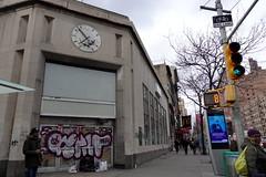 banksy (Luna Park) Tags: ny nyc newyork manhattan banksy streetart stencil rat clock ratrace lunapark
