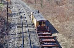 pennsylvania567 (Fan-T) Tags: union caboose emd mp15 smoking duquesne grad jointed rail steel scrap slab pa