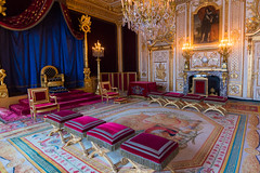 Take a seat (Aresio) Tags: fontainebleau castle throne room indoor france