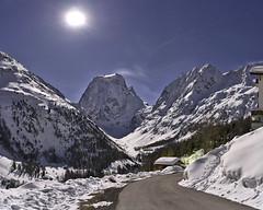 Full moon at Arolla (Karl Le Gros) Tags: arolla montcollon cantonduvalais switzerland valdhérens 2018 night nightscape xaviervonerlach mountains panorama