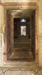 Room with a Tomb (Mike Legend) Tags: india agra itimad baby taj
