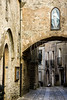 Erice (fede_gen88) Tags: erice sicilia sicily italia italy old town street pavè sett setts arch religious statue virginmary statuetta madonna arco