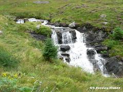 Scotland's one of its many waterfalls (Sebastiao P Nunes) Tags: panasonic lumixfz20 nunes spnunes snunes spereiranunes scotland cachoeira falls waterfall cascata cascada salto water