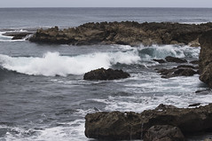 Pupukea Surf (fantommst) Tags: lisaridings fantommst pupukea beach oahu hawaii hi usa island northshore ocean headlands rocky mountains surf seascape landscape pacific waimea honolulu coast