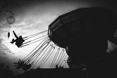 Round (Domenico Laviano) Tags: giostre luna park bianco nero monocrome giostra