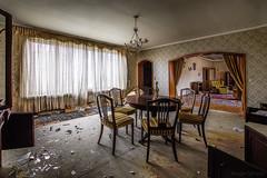 Villa D.I. (Oto Burger) Tags: abandoned forgotten decay room abandonedvilla abandonedroom urbex urbanexploration sigma nikon