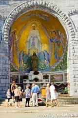 Lourdes 064-A (José María Gil Puchol) Tags: aquitaine basilique catholique cathédrale eau eaumiraculeuse fidèle france josémariagilpuchol lourdes paysbasque pélèrinage religion