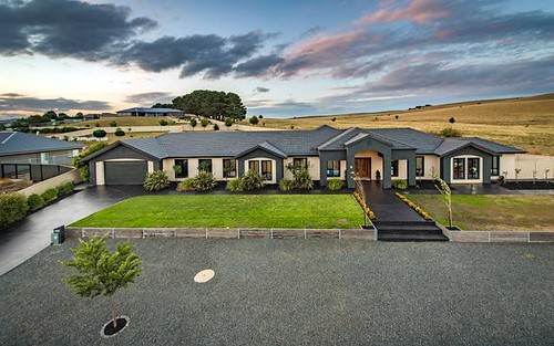 19 Lithgow Pl, Bungendore NSW 2621