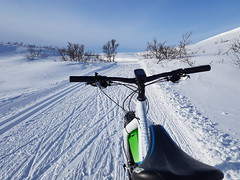 Happy Easter to all of you (GeirB,) Tags: arctic 70north fatbike outdoor uteliv vintersykling påske 2018 vadsø varanger finnmark nordnorge gekkobikes sky blue swix sweethelmet fun friskifinnmark winterbike trail training bingesrittet of150