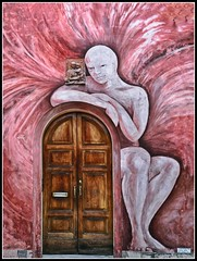 I murales di Dozza/1 (robertar.) Tags: dozza murales colori colour arte streetart emiliaromagna italia italy portoni