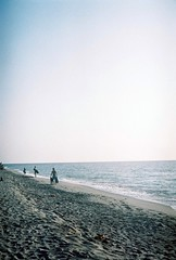000025 (bonnapart_) Tags: 35mm travel filmphotography canonet ql17 giii
