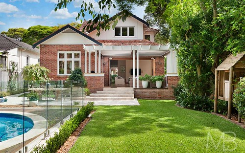 25 Lord St, Roseville NSW 2069