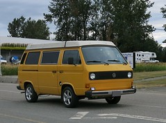 Volkswagen Vanagon Westfalia camper van (Custom_Cab) Tags: volkswagen vw vanagon westfalia camper van type2 type 2 t3 transporter kombi rv recreational vehicle motorhome 1980 1981 1982 1983 1984 1985
