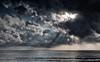 2017-07-a-F3407 copia (Fotgrafo-robby25) Tags: alicante costablanca fujifilmxt2 marmediterráneo nubes rayosdesol torredelahoradada