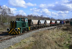 """01568 """"Helen"""" (elr37418) Tags: 01568 helen thomas hill 264v 1976 stands brownhills west chasewater railway 25th march 2018 with mgr wagons nikon d7100 uk england great britian coal hoppers yellow green blue sky clouds track industral"""